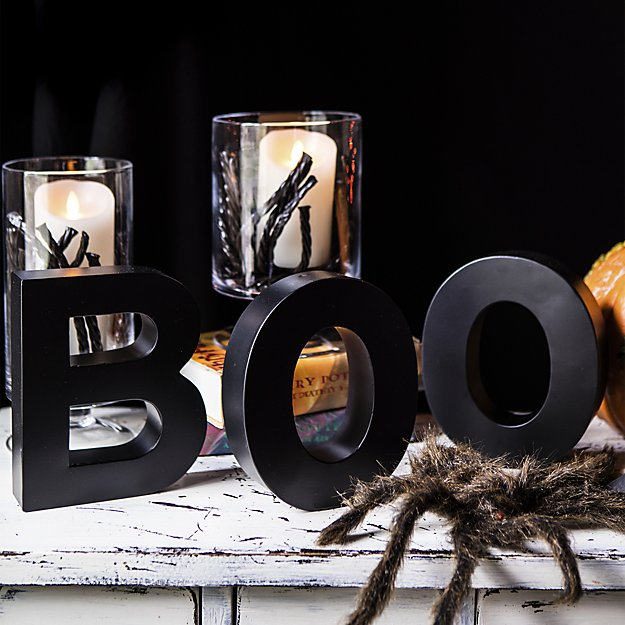 halloween-boo-letters-1