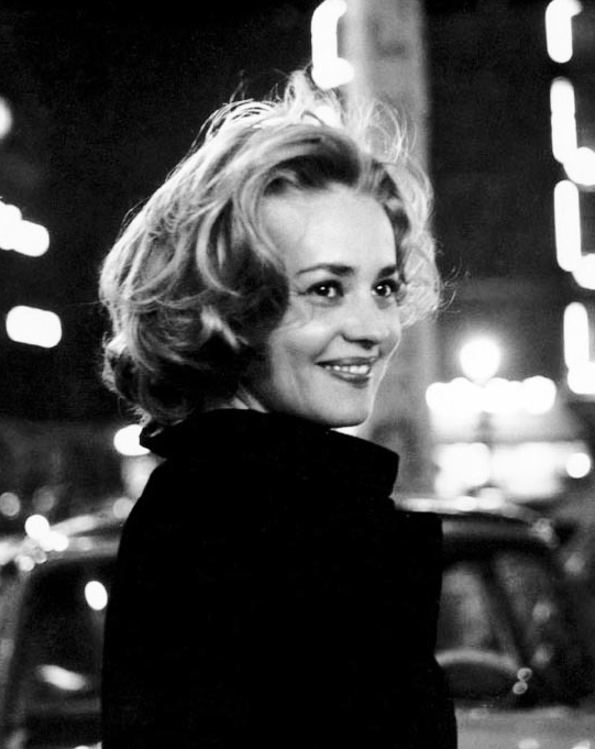 jeanne-moreau-in-elevator-to-the-gallows-1958