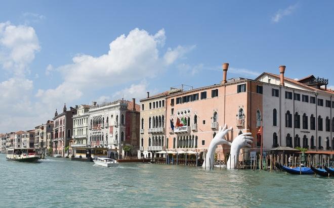 LQU_Venice_Support_3