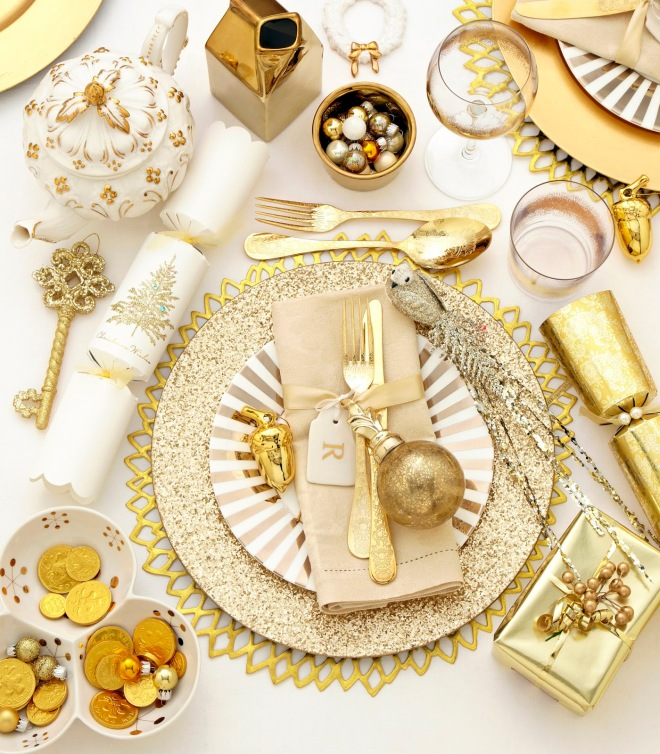 Place settings gold